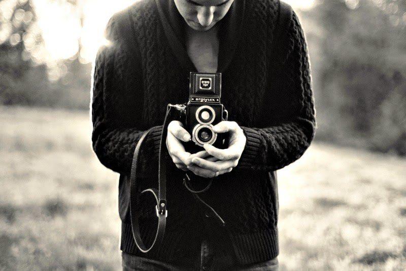 blog_geneatheme_201410_argoflex-black-and-white-camera-538