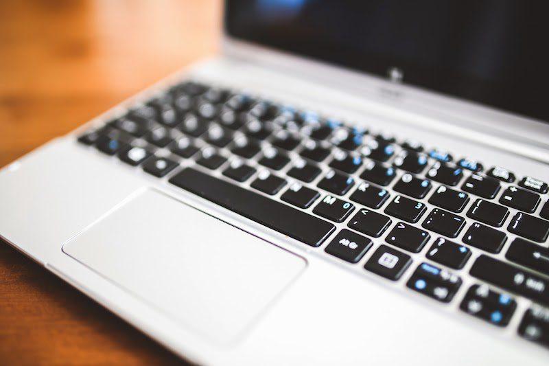 Comment réviser sa généalogie grâce à Internet