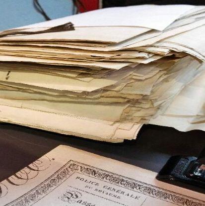 Passeport de l'intérieur, archives, surveillance, fichage, généalogiste professionnel, French professional genealogist, French researcher, datasprint, données anthropométriques